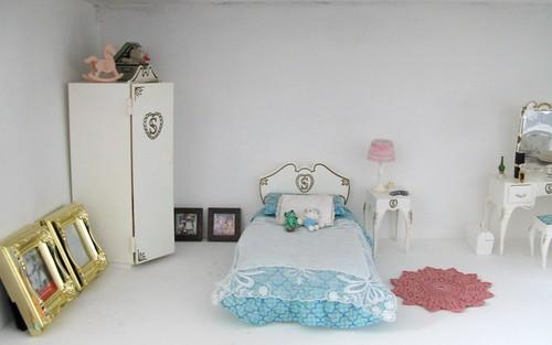 Dollhouse en construction 3331203036_9c0bc36237