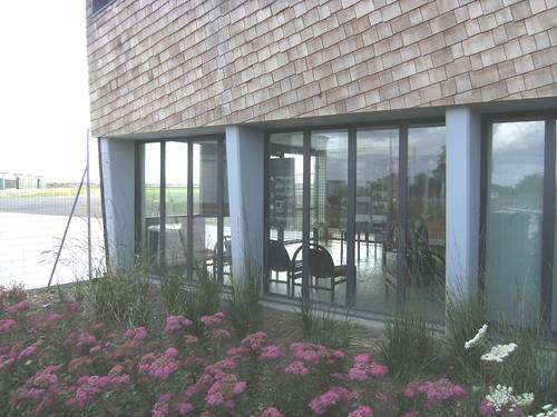 Salle d'exposition aérodrome de Merville-Calonne LFQT 5845823485_8f0ba1025c