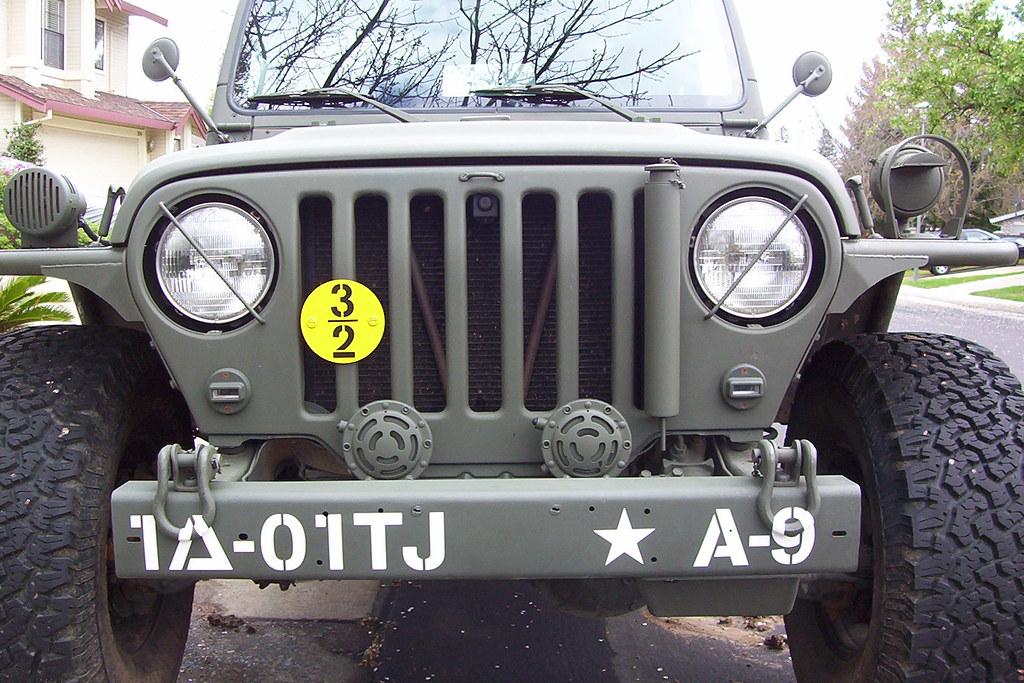 Military TJ 3376015987_3f7d71e893_b
