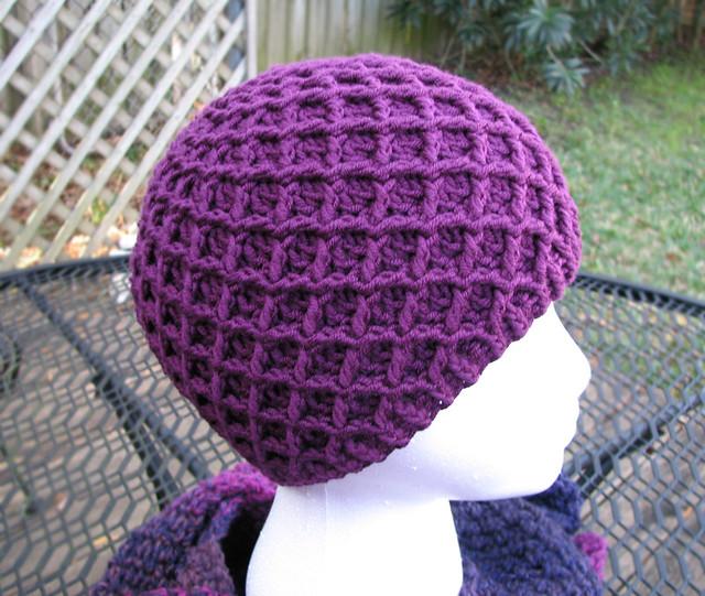 gorro - se podra hacer este gorro a crochet?? 3186166478_602b2a4dd9_z