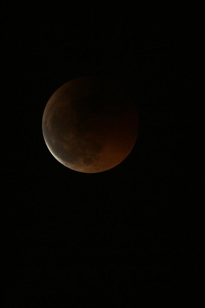 Eclisse di luna 5838587874_1f52b3121a_b