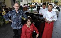 restaurant: Candi Borobudur in Bussum 3330020409_e0ee22574e_o
