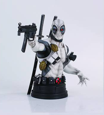 [Gentle Giant] Deadpool - X-Force Ver. Mini-Bust 11700460135_9d8934579c_z