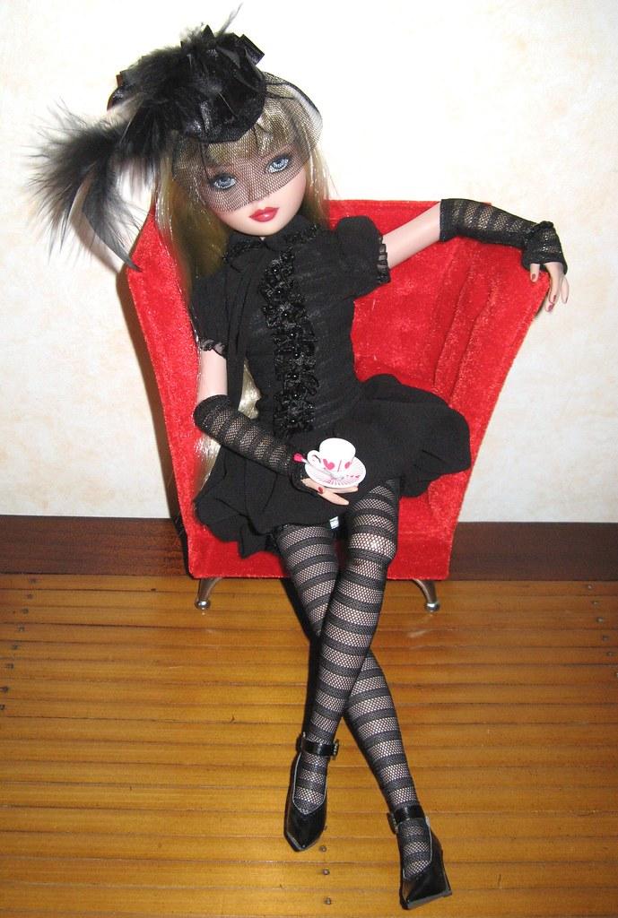 THEME DU MOIS DE NOVEMBRE 2013 : Ellowyne et sa petite robe noire - Page 2 2865207574_fc4fd4c9f4_b