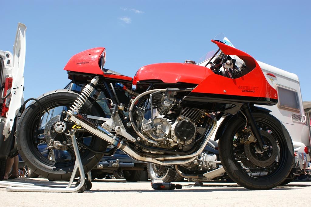 Le Daron de B-slayer est un éleveur de Honda 3588919965_ded847c5de_o