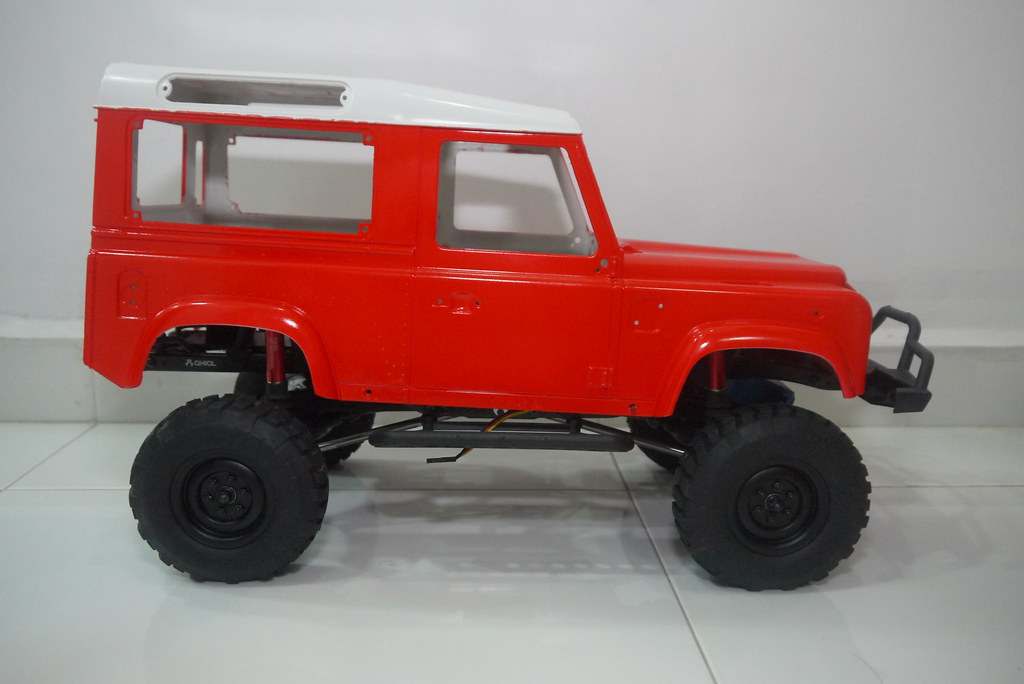 land - Babyboy's Land Rover Defender D90 on Axial SCX10 9360219782_42ac165482_b
