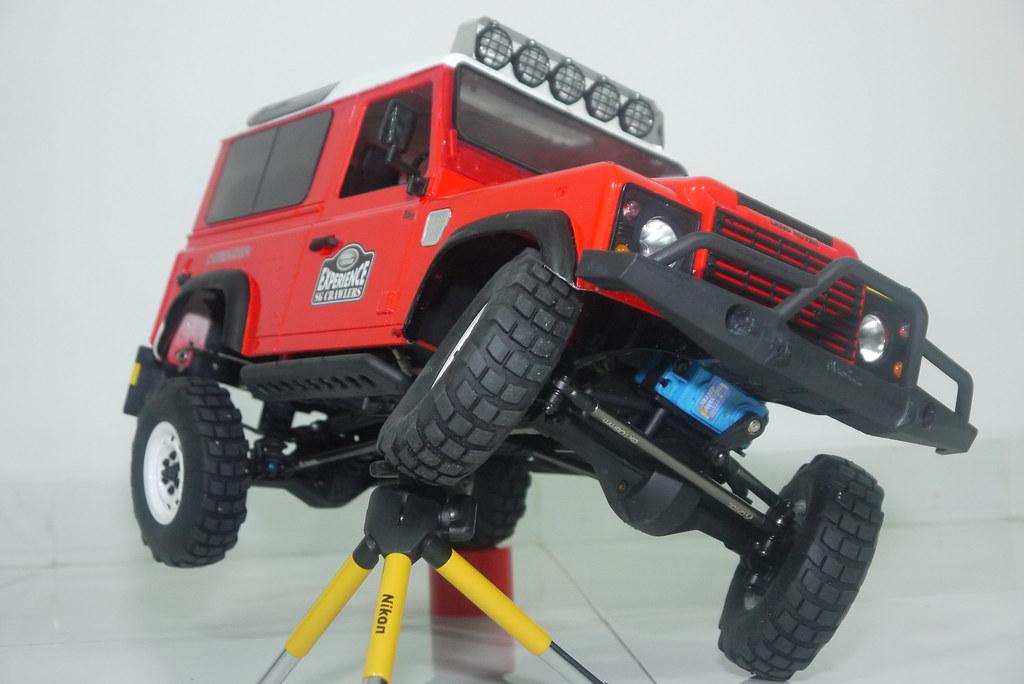 land - Babyboy's Land Rover Defender D90 on Axial SCX10 9407589785_a34a2bb5d6_b