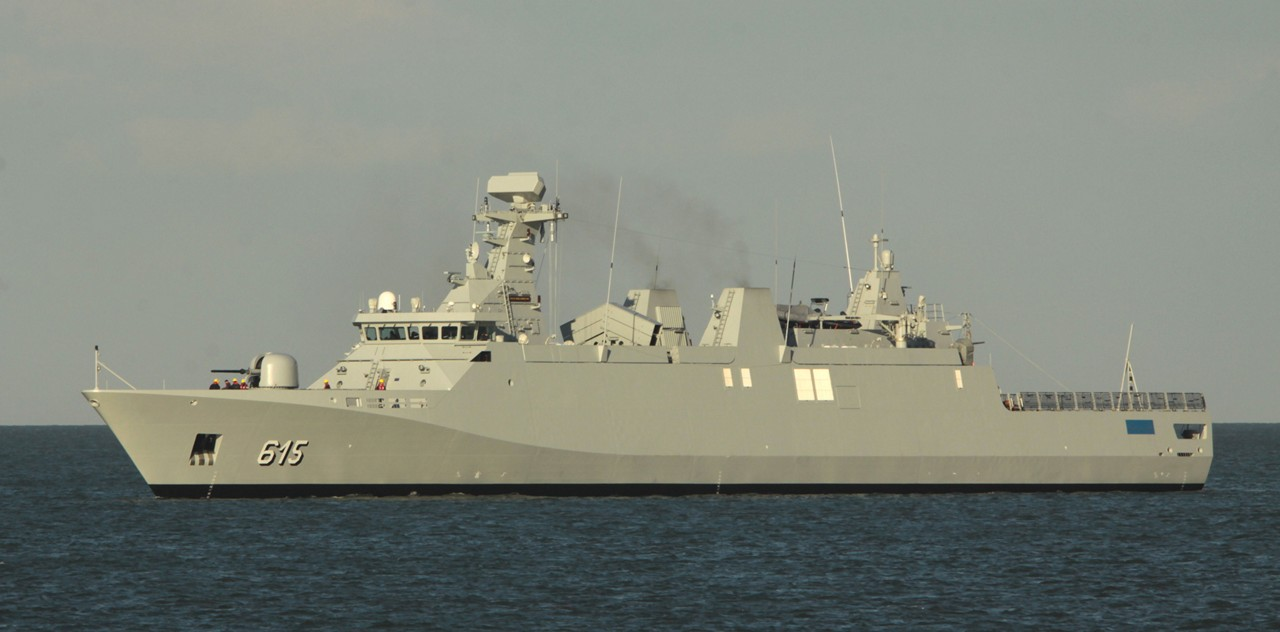 Royal Moroccan Navy Sigma class frigates / Frégates marocaines multimissions Sigma - Page 14 11064069704_1442d9dd98_o