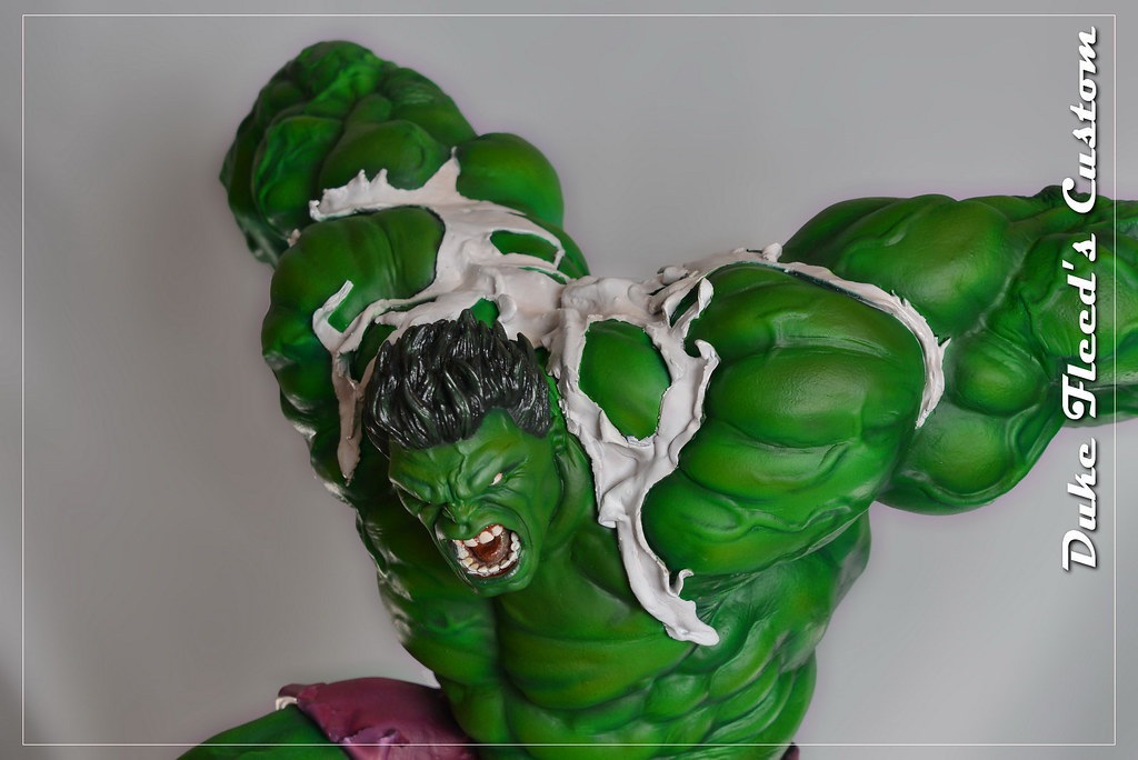 Red to green hulk comiquette 9765030565_5476e7b689_b