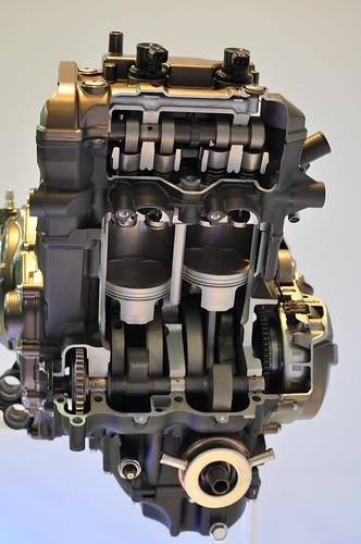 Photos moteur MT-09 ( pour ceux qui ont un pb de distri notamment ) 11352508153_b7264f2f07