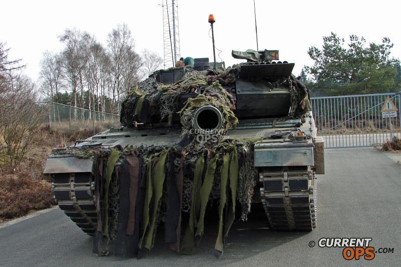 Armée Hollandaise/Armed forces of the Netherlands/Nederlandse krijgsmacht - Page 15 13432459005_0875ba79ee_c