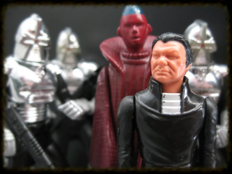 Does anyone else collect vintage Battlestar Galactica? - Page 2 8985354936_70bb474471_c