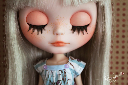 Mes Blythes! Nouvelles Custo P20 UP! - Page 17 9492738425_5aed370158