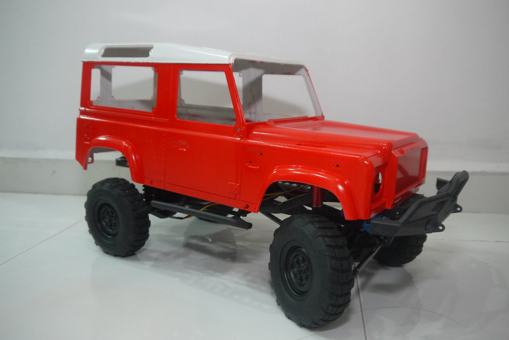 land - Babyboy's Land Rover Defender D90 on Axial SCX10 9357442339_a018772f75_b