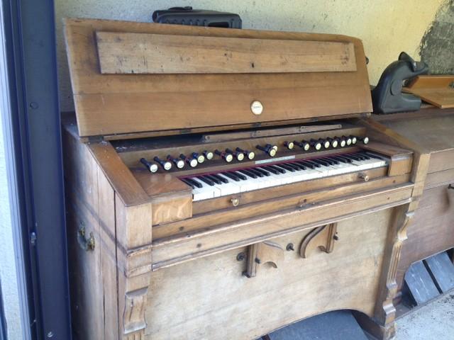 donne harmonium et piano 9564011063_de06f8489f_z