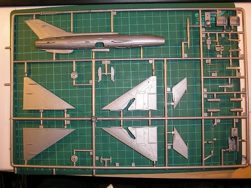 [Concours pinceaux] Mig 21 F-13 Fishbed C [Revell 1/72] 4539025836_95b2c6ed40