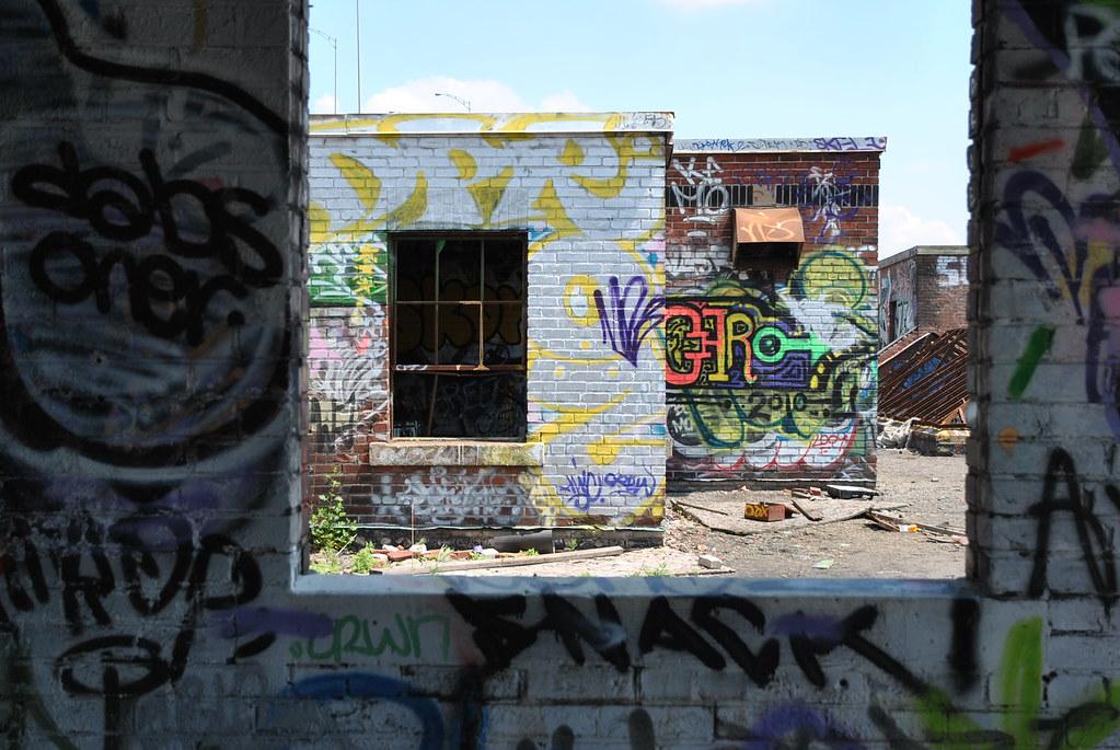 Urbex-2 (Montréal - GEO W.Reed) 4697971543_f9c4287740_b