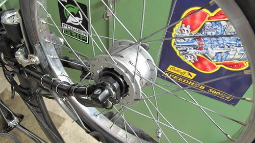 Rayonner les roues : outils et techniques 4349485708_9ac3dddd77