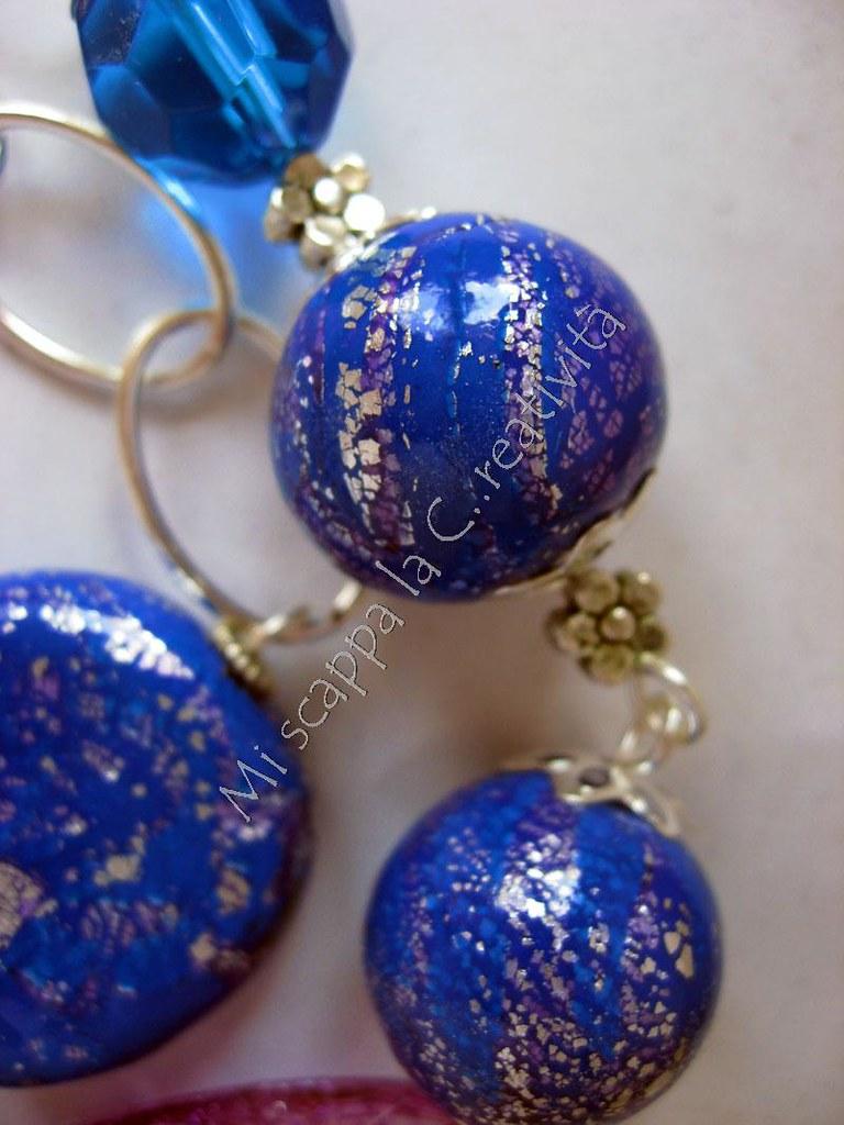 Collana blu e viola 4675050461_e076a023f5_b