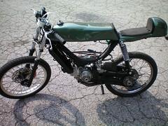 Construcción de una moto de 49 cc, con partes de bicicleta - Página 3 4651156882_04c32c5803_m