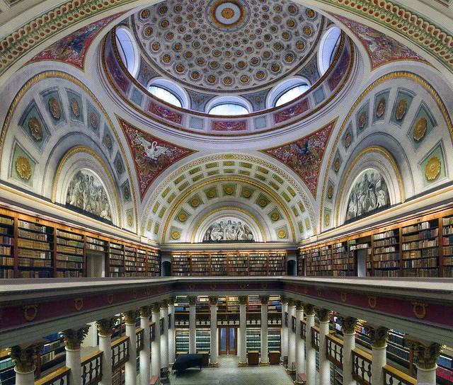Najlepše biblioteke na svetu - Page 2 4815202574_6fff3d376f_z
