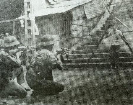 tuan - 30-4-1975: Những Vị Tướng VNCH đã Tuẫn Tiết  5078675439_513aa369ab