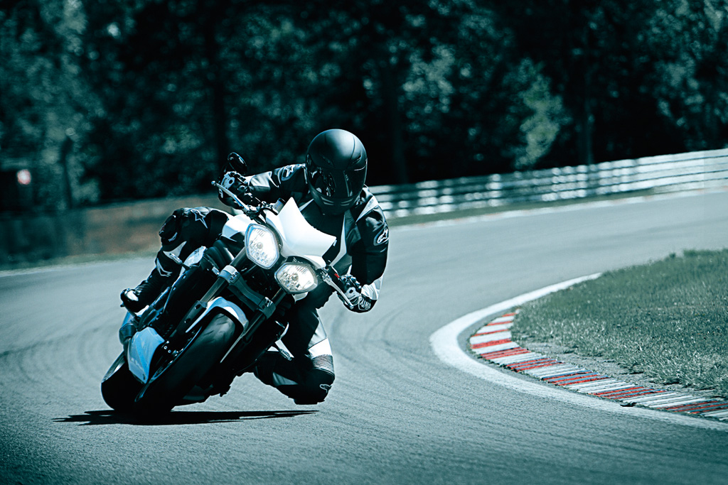 Triumph 1050 Speed triple  5054309155_3098a93e5a_b