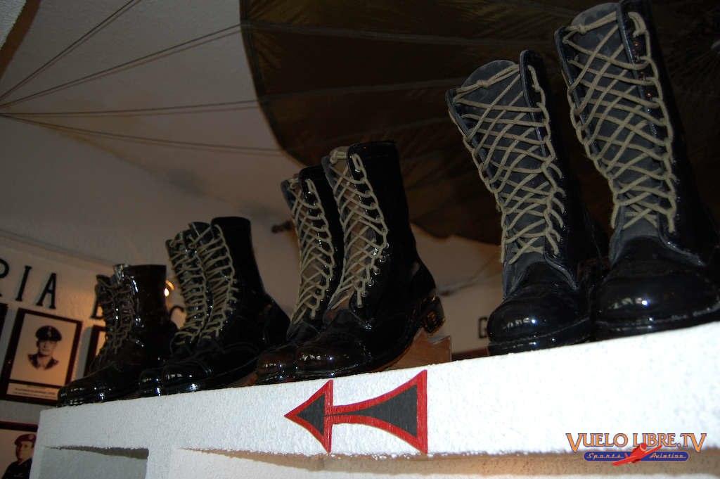 Museo de la Brigada de Fusileros Paracaidistas (Fotos) 4742951007_139a98385c_o