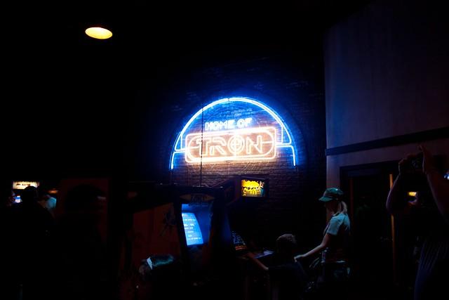[Disney California Adventure] ElecTRONica (08/10/10 - 15/04/12) - Page 2 5065247993_d91b067bbd_z