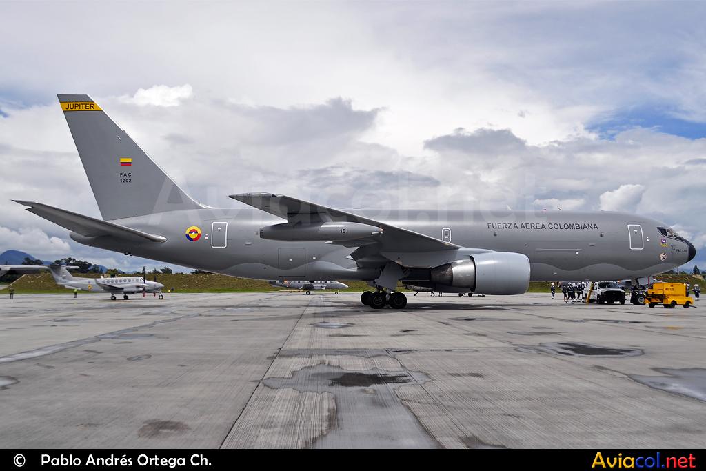 Boeing 727 Fuerza Aérea Mexicana - Página 2 5173632215_f8b349362e_b