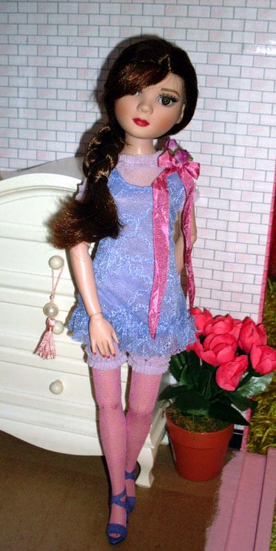 Ayumi Sakura Moody, la grande soeur de Winnie débarque (Pru WO2) 4869515843_0035296018_o