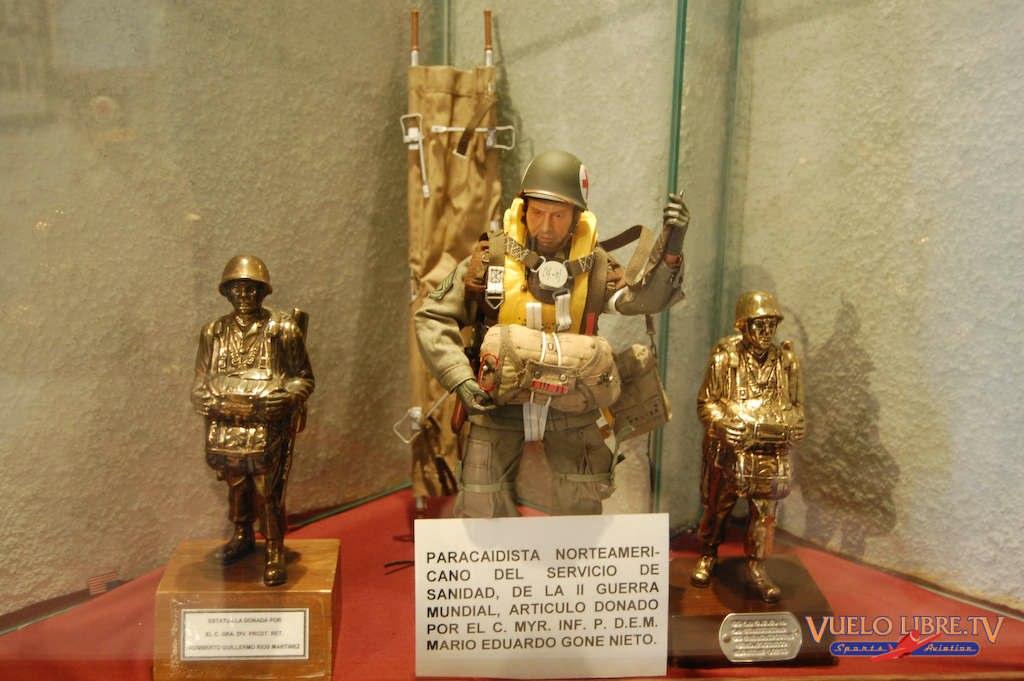 Museo de la Brigada de Fusileros Paracaidistas (Fotos) 4743592004_611367985e_o
