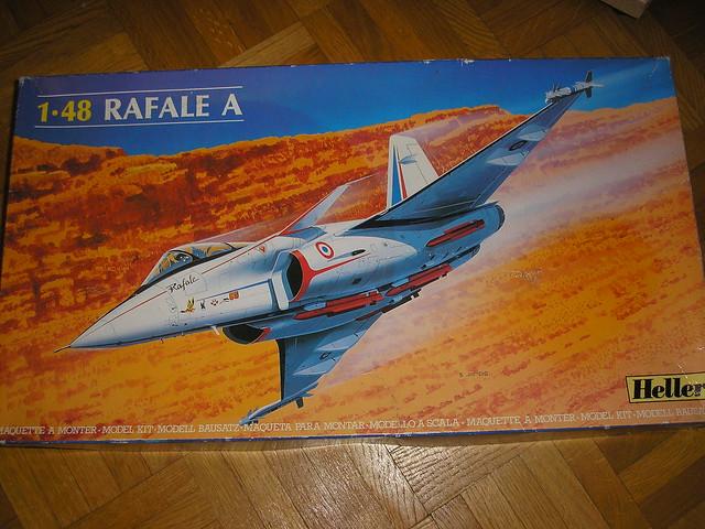 Dassault Rafale A [Heller réf. 80421 et 60421] 5449202682_1f64bbc7ab_z