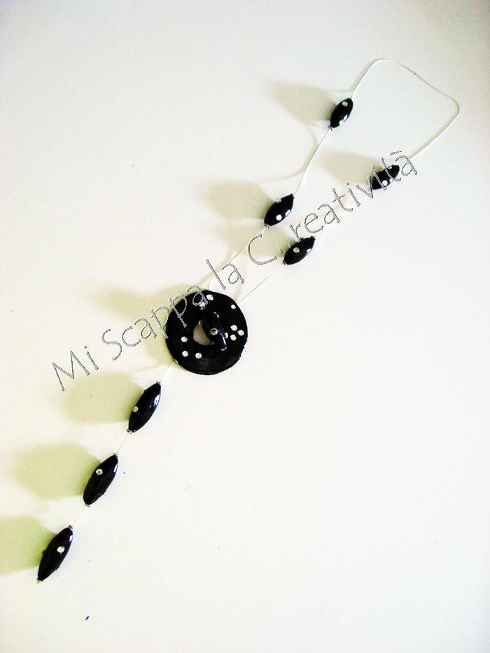 Two black necklaces 4754202961_1ea5a8b667_b