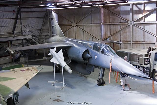 Photos d'avions militaires - Page 15 4828373400_acbae977a9_z