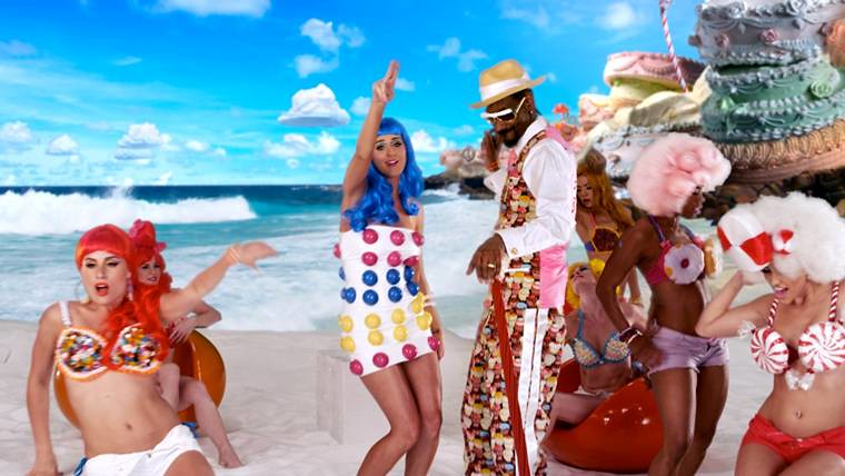 Single » California Gurls (Info/Chart/Ventas/Video)  [#1USA, #1UK, #1WW] [+5.7m descargas USA] 4755659672_58b65763a8_b