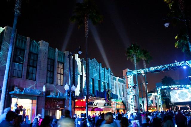 [Disney California Adventure] ElecTRONica (08/10/10 - 15/04/12) - Page 2 5065176867_2c75e717cf_z