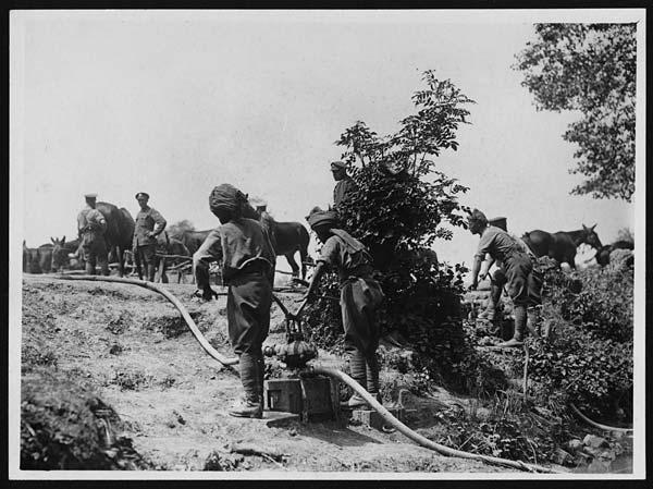 Petit cimetière indien perdu au milieu des herbages 4700634420_ffa2f69042_o