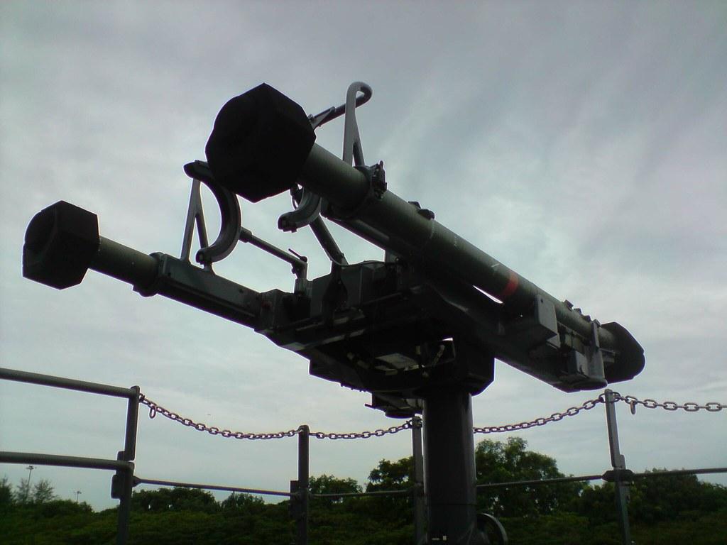 مصر تعزز سلاحها البحري بسبع قطع من النرويج. - صفحة 2 4803871828_9546ff620f_b