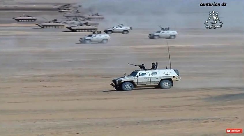 الصناعة العسكرية الجزائرية عربات Nimr(نمر)  - صفحة 10 35893218681_449a44c310_b