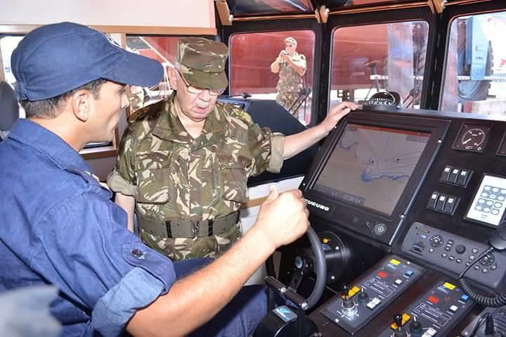 الصناعة البحرية العسكرية الجزائرية [ زوارق ] 35948082734_b88bb058fa_b