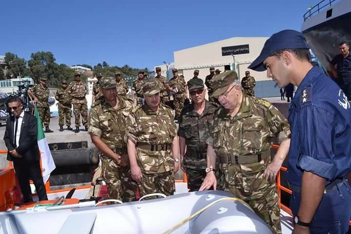 الصناعة البحرية العسكرية الجزائرية [ زوارق ] 35948081904_cc60b6ae09_b