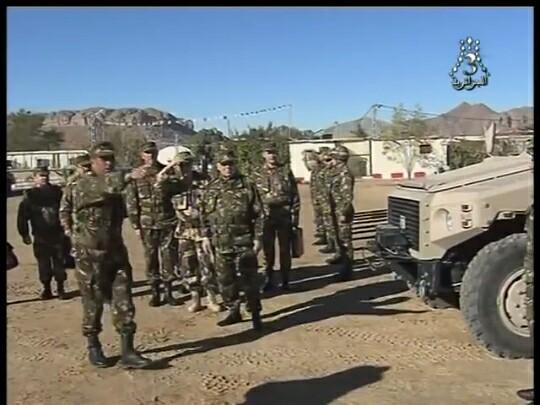 الصناعة العسكرية الجزائرية عربات Nimr(نمر)  - صفحة 10 27907103519_cc394109d2_b