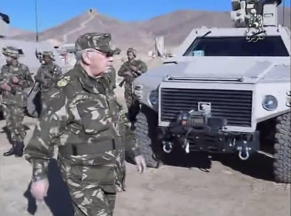 الصناعة العسكرية الجزائرية عربات Nimr(نمر)  - صفحة 10 27907626149_4c4e39d6e0_b