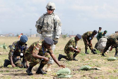 Armée kenyane/Kenyan Armed Forces 5660078495_aa5a540a1f