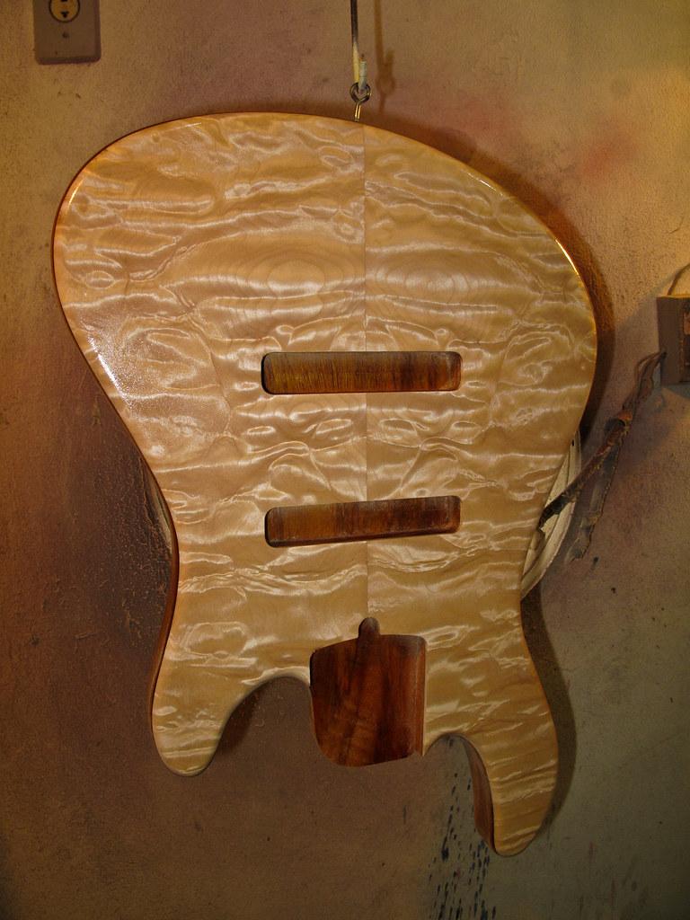 Jazz Bass Custom 5 - M Laghus - Página 2 5894008096_a8aa1b8f3e_b