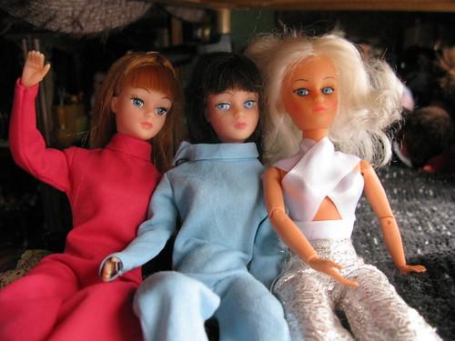 Action Girls & clone