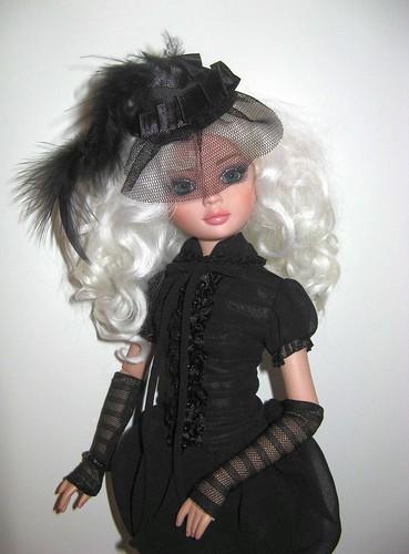 2009 - Ellowyne Wilde - Essential Ellowyne Too - wigged out 5515304630_8e575f20b4