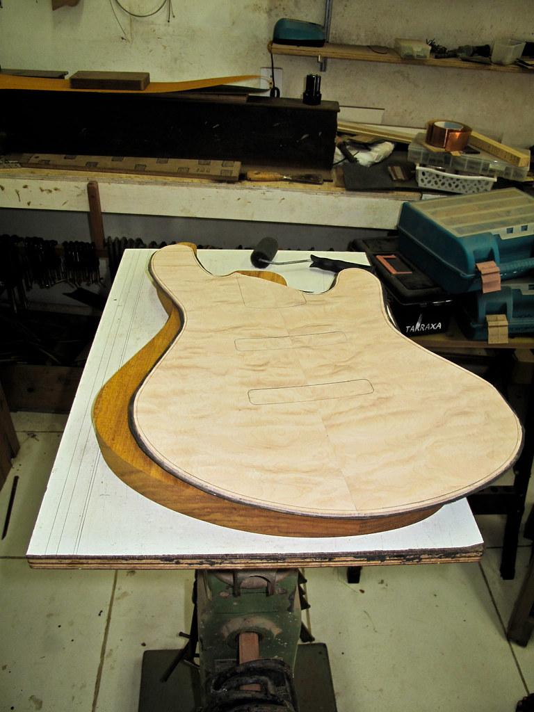Jazz Bass Custom 5 - M Laghus - Página 2 5894002780_e3731a12f8_b