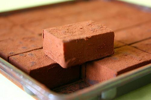 Nama chocolate- Món ngon đang khiến teen Việt phát mê  5363860728_10d0c64038